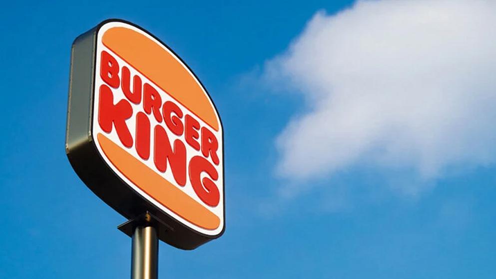 """2 - بازنگری در هویت بصری رستوران های زنجیره ای """"برگرکینگ"""" پس از 20 سال!"""